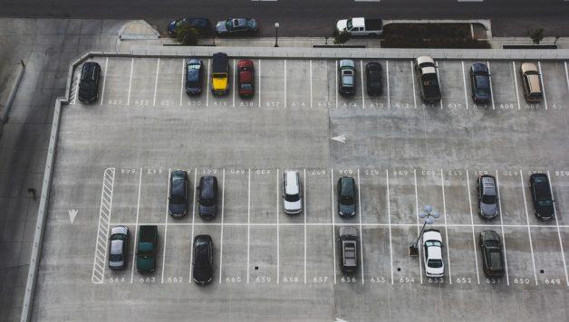 verkeersbord laten maken voor parkeerplaats bedrijf